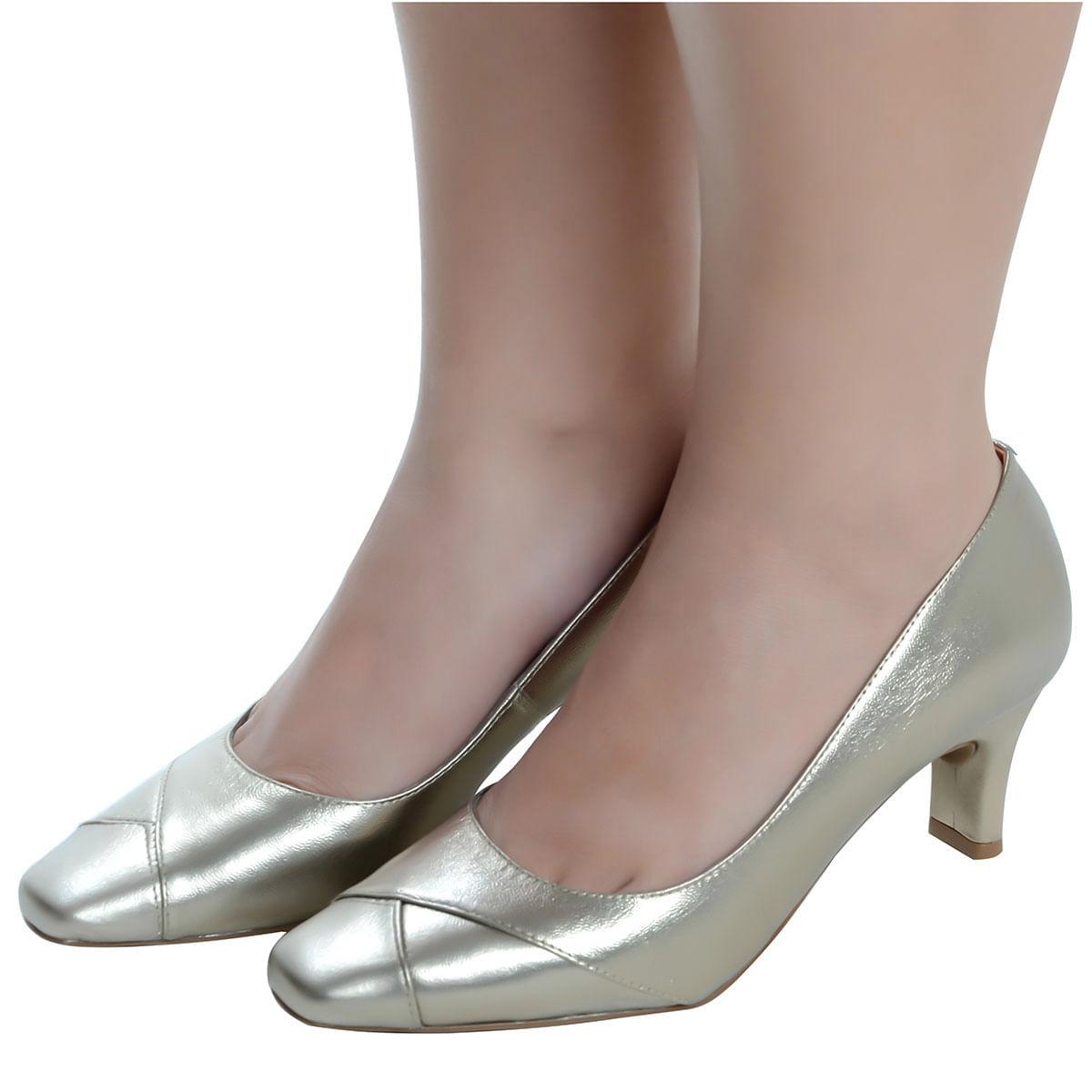 893306e78 Sapato Fechado Confort Prata Velho - Laura Prado