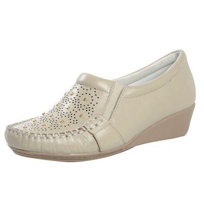 c6cdc66d5 Sapato Fechado Confort Anabela Marfim