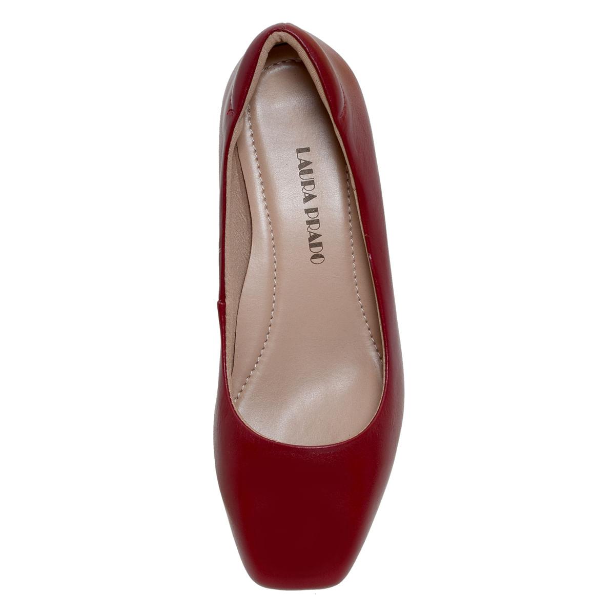 19a0dfc2f Sapato fechado confort Vermelho - Laura Prado